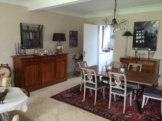 La Maison d'Euphrasie: Dining room