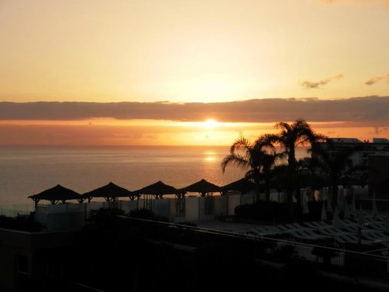 Holiday Village Tenerife: Sunset view from our room in D block