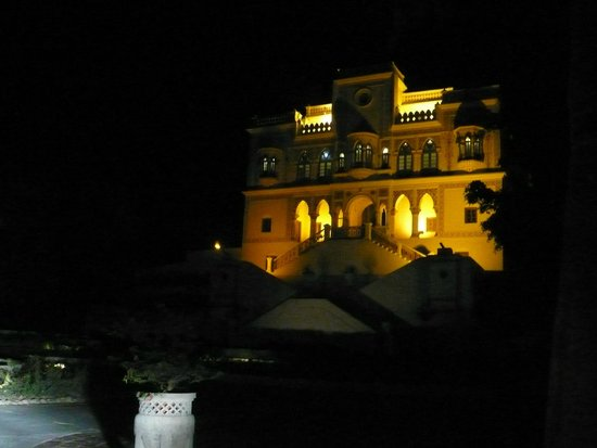 Ananda in the Himalayas: Front view at night