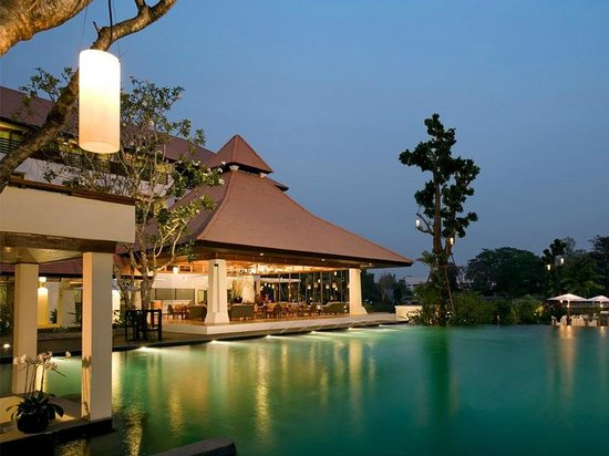 Ratilanna Riverside Spa Resort Chiang Mai: Swimming Pool