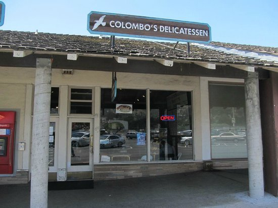 Colombo's Delicatessen: Entry/store fron