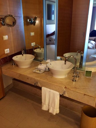 Beach Palace: His and hers sink