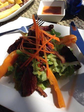 Little Polynesian Restaurant & Bar: Beef Salad - yum!