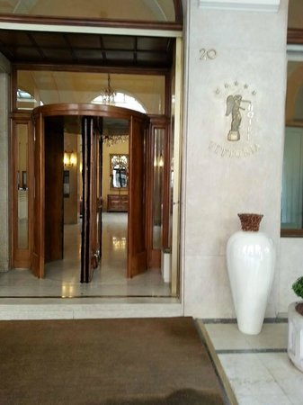 Hotel Vittoria : Vista esterna