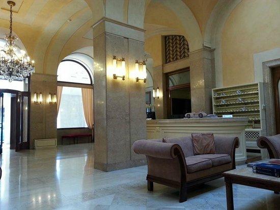 Hotel Vittoria : Hall