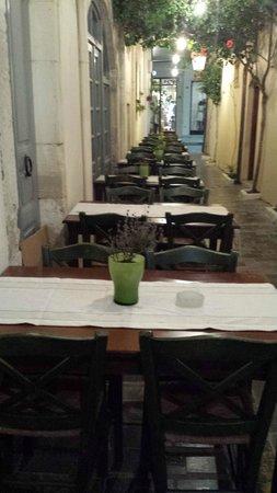 Taverna Diporto: βραδυ στο διπορτο