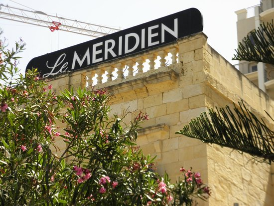 Le Meridien St. Julians : the name of the hotel