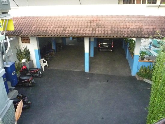 Sayang Maha Mertha : Motorbike/Car parking