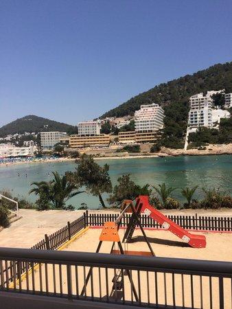 El Pinar Aparthotel : Balcony view