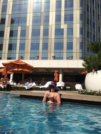 Mandarin Oriental, Las Vegas: pool view