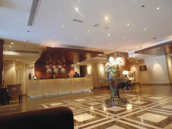 Majestic Hotel Tower: reception