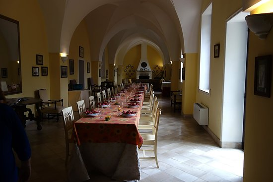 The Awaiting Table Cookery School in Lecce, Italy: The hall at our Palazzo in Spongano