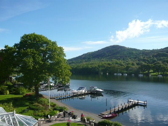 Lakeside Hotel: Stunning views....