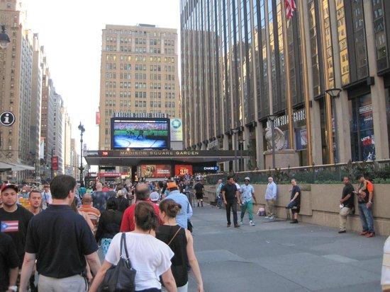 Crowne Plaza Times Square Manhattan: Times Square Area
