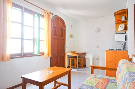 Cotillo Lagos Apartments: Apartamento con cocina