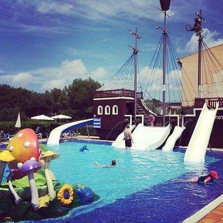 Viva Menorca: Slash pool was a big hit with the kids