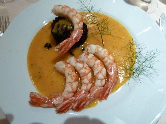 Altafiumara Resort & SPA: Основное блюдо.