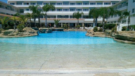 SENTIDO Cypria Bay: pool
