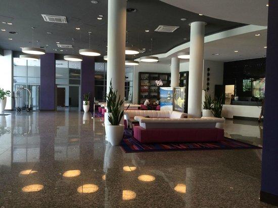 Copernicus Torun Hotel: Entrance / lounge area