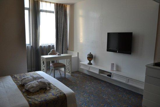 Metropole Hotel Macau: bedroom