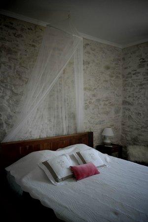 Entre Bastide et Cite: Chambre