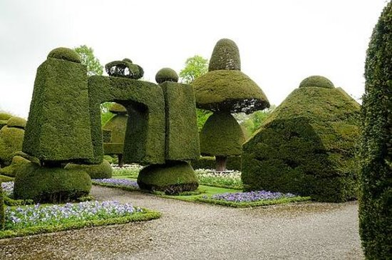 Kendal, UK: Topiary Garden