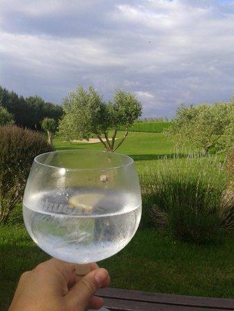 Casa Cachon: Un gin-tonic con vistas al campo de golf