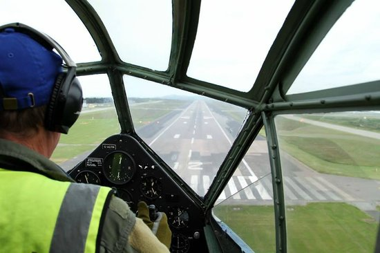 Classic Air Force: Landing at Newquay in the Rapide