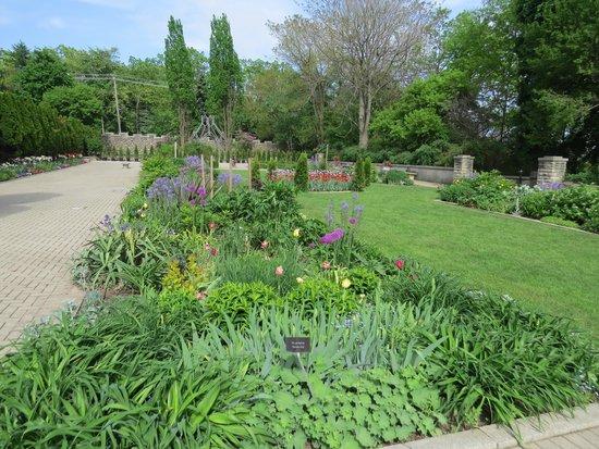 Casa Loma: Gardens