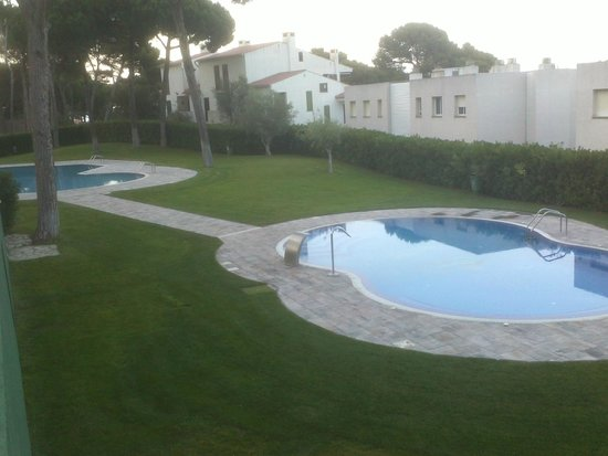 Camping & Bungalows  Interpals: Les piscines