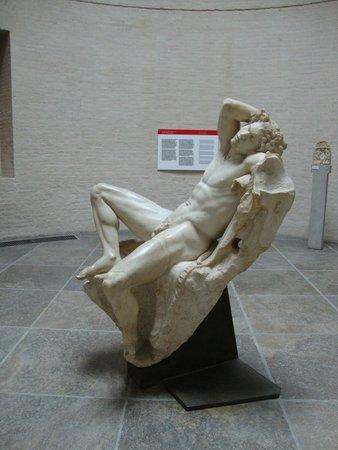 Glyptothek: der schlafende Faun