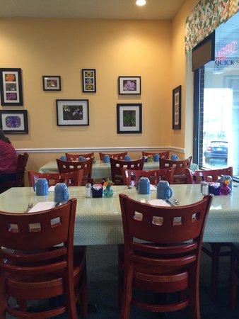Janie's Uncommon Cafe