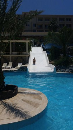 Oscar Resort Hotel: S..
