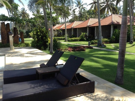 Sea Breeze Candidasa: Main front villas