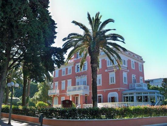 Hotel Zagreb: Hotel