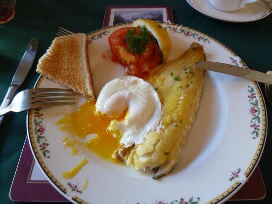 Ardconnel House B&B: Breakfast with smoked haddock, egg and tomato