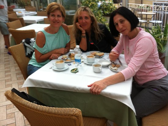 Hotel del Corso : breakfast on the balcony