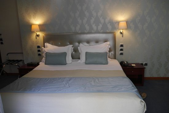 AVA Hotel Athens : Bed