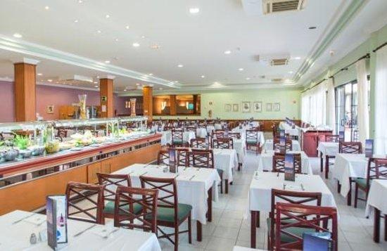 Rio Playa Blanca Hotel: restaurant