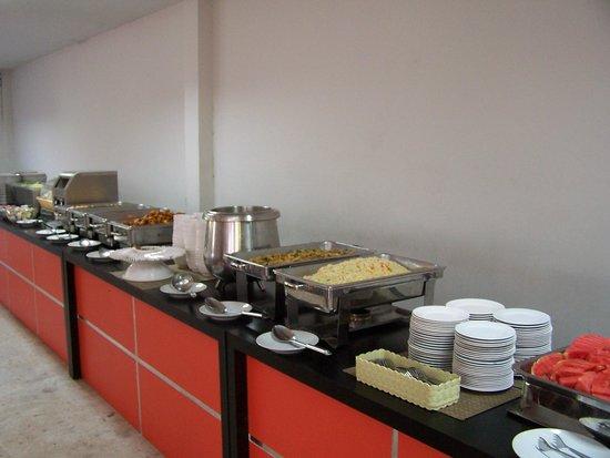 Andaman Resort: bufett desayuno