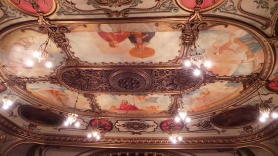 Grand Opera House: The stunning ceiling
