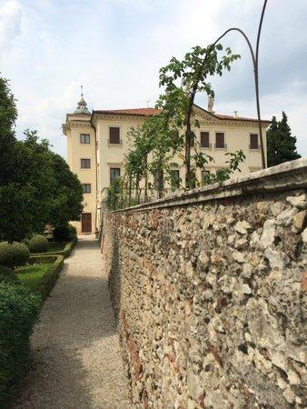 Villa Valmarana ai Nani: Экстерьер
