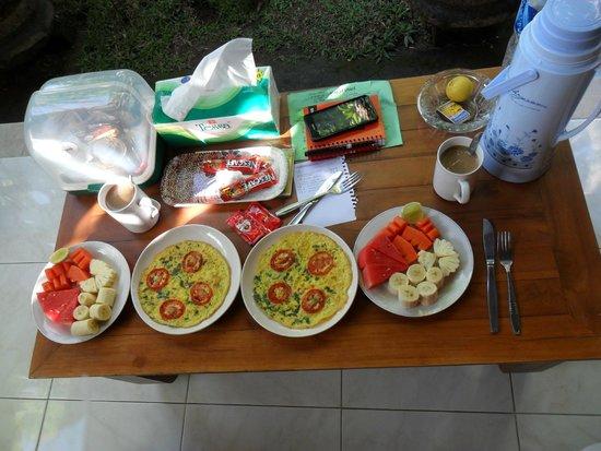 Suparsa's Home Stay: desayuno casero