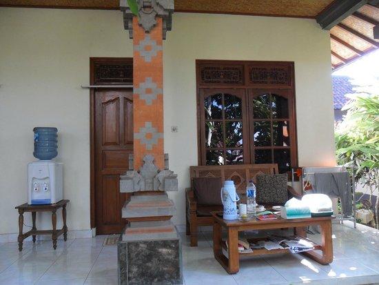 Suparsa's Home Stay: exterior habitación