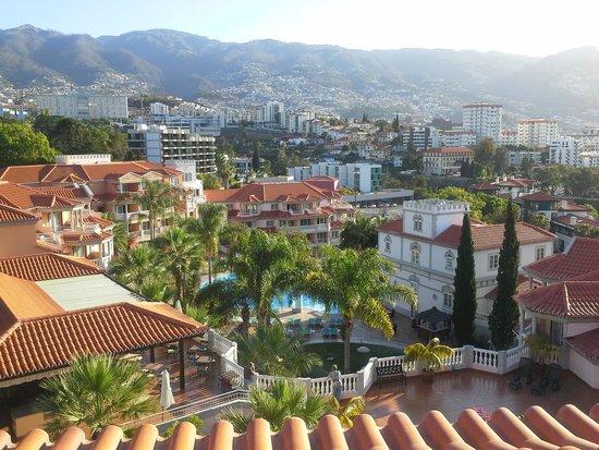 Pestana Village: Blick vom ZI 408 auf Funchal