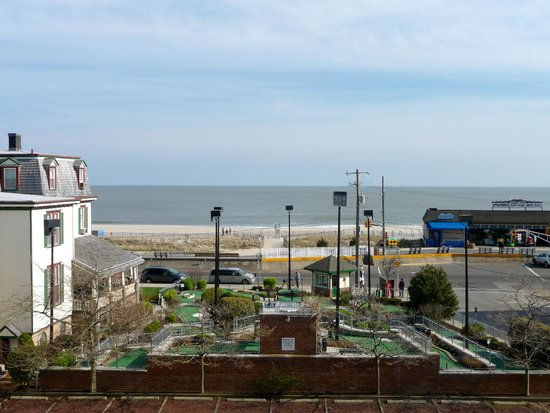 Camelot Motel: view of the Atlantic Ocean from Camelot
