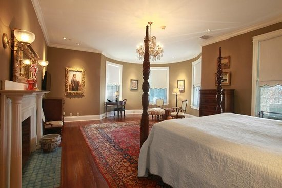 The Courtyard at Lake Lucerne : Dr. Phillips room (Premium)