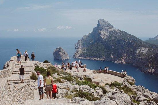 Cap de Formentor: Люди
