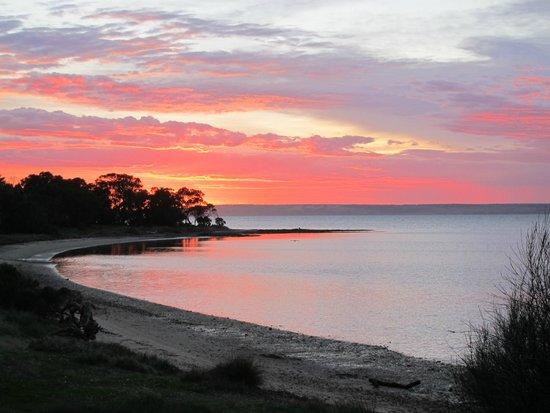 Kingscote, Australia: Sun rise@AR