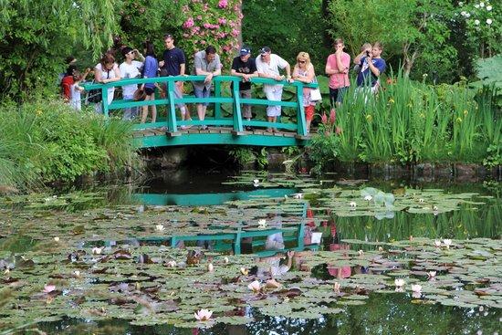Maison et jardins de Claude Monet : Second bridge